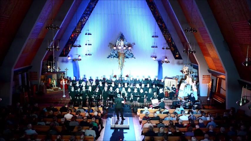 Chorus Borealis - Rockin` around og Feliz Navidad