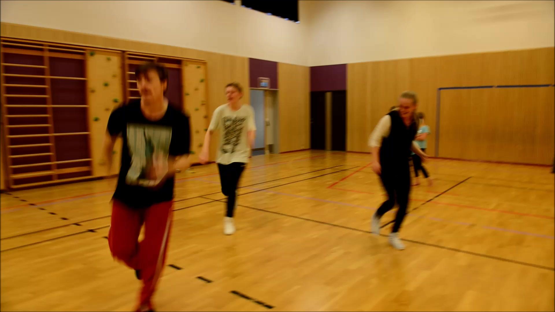 Se film fra dansekurset på Fagerlidal skole søndag
